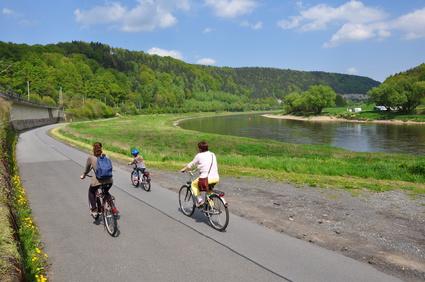 Familie på cykel